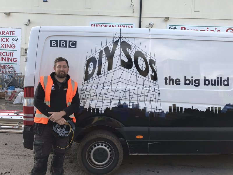 Grants Electrical Services Martin at DIY SOS